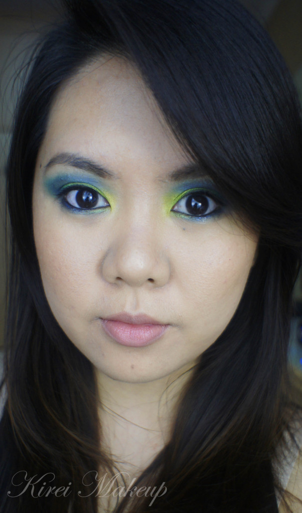 green smoky eyes