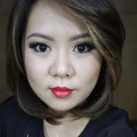 Red Lips on asian