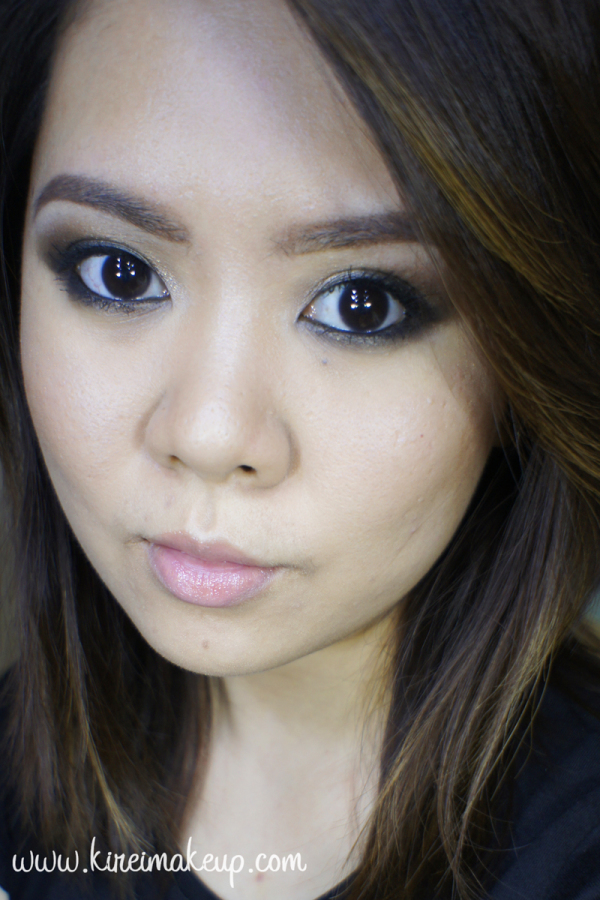 grungy smoky eyes