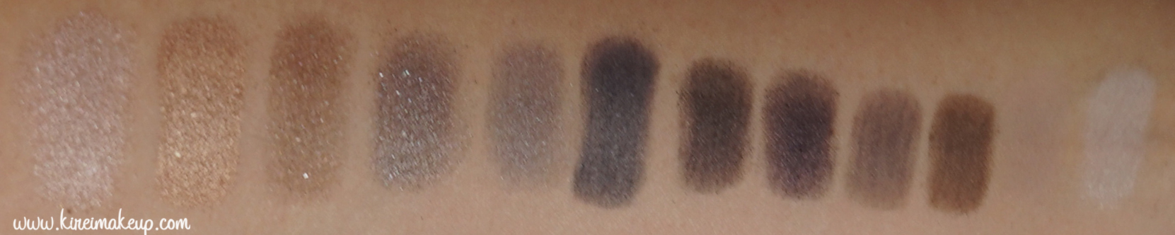 UD Naked Smoky swatches