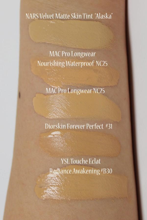 NARS Velvet Matte Skin Tint for NC25